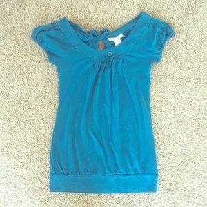 Turquoise short sleeve shirt with keyhole back